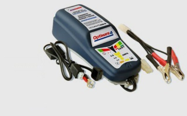 Mantenitore e Carica Batterie Optimate 4 Dualprogram cod.4501651
